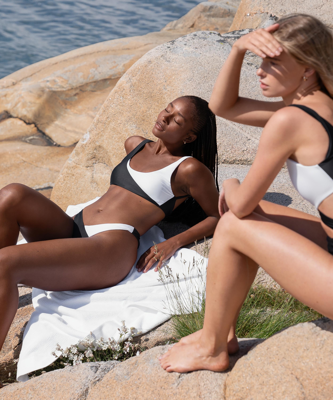 Bikini-croptop 2Tone HKM x NA-KD, hvid, main