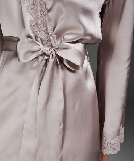 Kimono med silkeblonder, pink