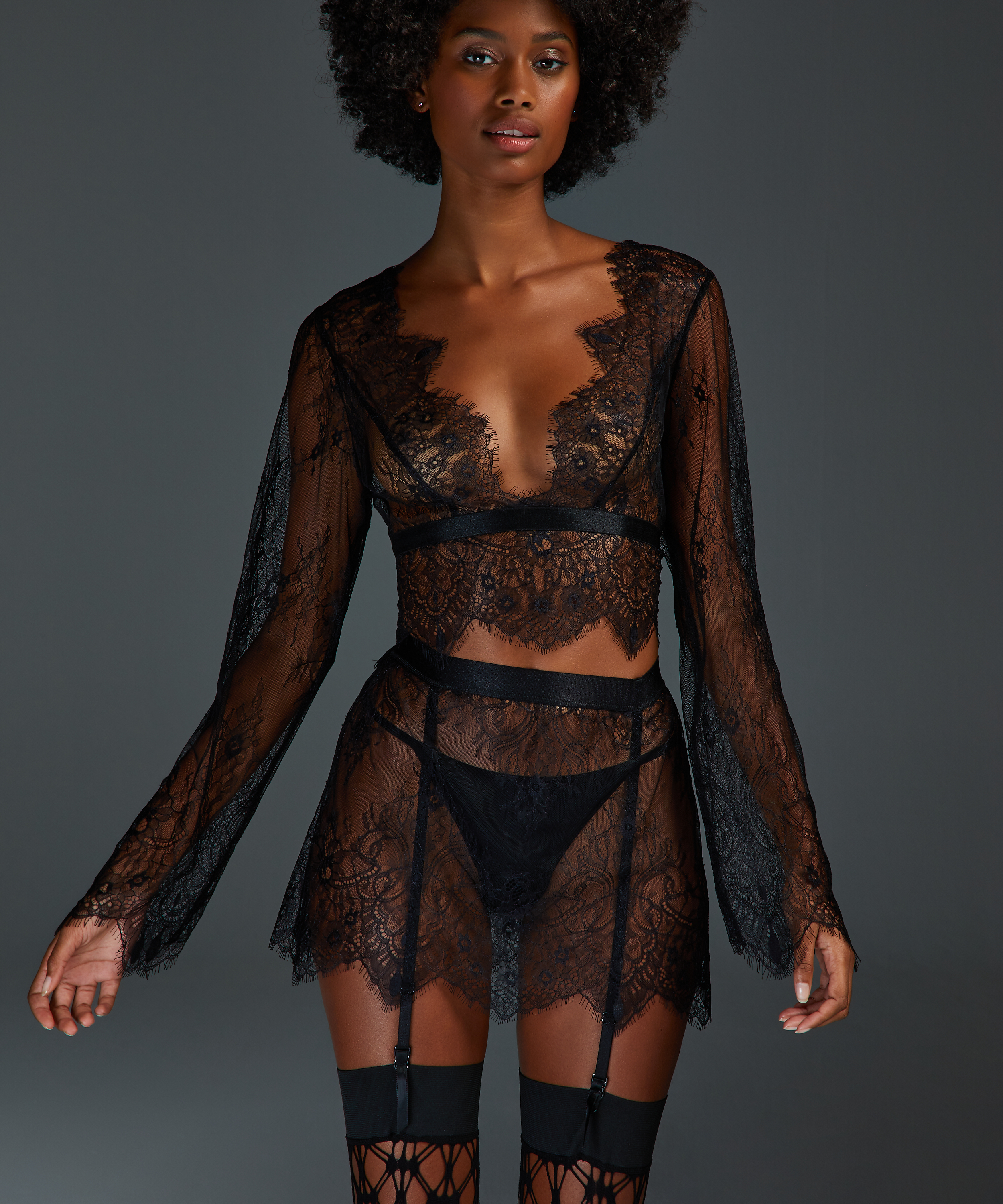 Top Allover Lace, sort, main
